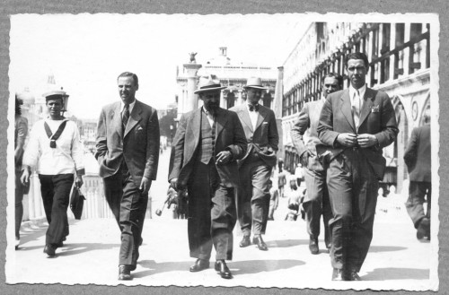 Ivo Šrepel, Ivan Meštrović i Vladimir Kirin, Venecija, 1942. ]