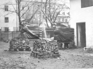 Priprema za lijevanje dijela Spomenika palim Šumadincima