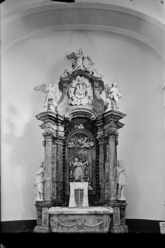 Crkva Svetog Ivana Nepomuka (Glina) : glavni oltar [Griesbach, Đuro  ]