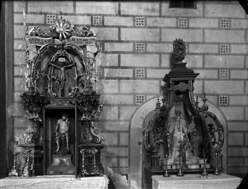 Crkva Svetog Ivana Krstitelja (Kloštar Ivanić) : oltar Ranjenog Isusa [Griesbach, Đuro  ]