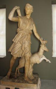 Artemida (ili: Dijana) Versajska Leohar