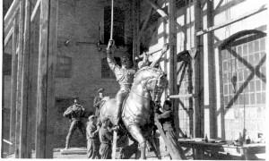 Spomenik kralju Aleksandru za Sombor - u dvorištu ljevaonice