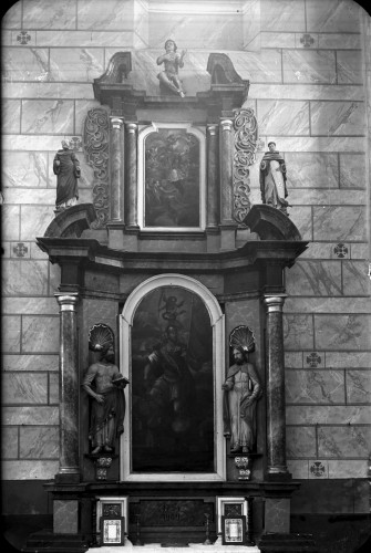 Crkva Svetog Ivana Krstitelja (Kloštar Ivanić) : oltar Svetog Florijana [Griesbach, Đuro  ]