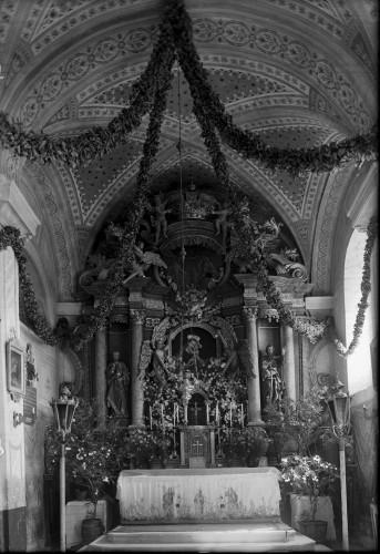 Crkva Uznesenja Blažene Djevice Marije (Gora) : glavni oltar