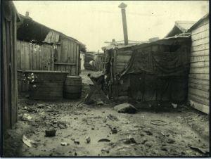 Nastambe u barakama (barake iza Gimnazije u Klaićevoj ulici)