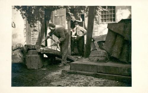 Meštrović, Ivan (1883-1962) : Lijevanje spomenika Grguru Ninskom