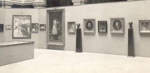 Detalj postava - Retrospektivna izložba hrvatske umjetnosti o pedesetoj godišnjici Strossmayerove galerije : III. Dekorativni akademizam 1880-1900