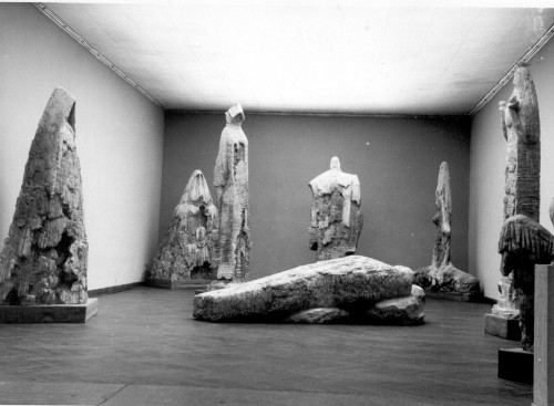 Radauš, Vanja(1906-1975): Tifusari - postav izložbe ]