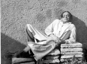 Kipar Antun Augustinčić u trenucima odmora