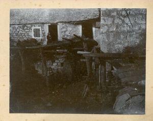 Kamena kuća [Boranić, Dragutin]