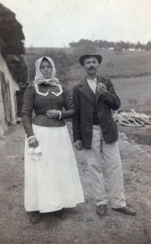 Žensko i muško svečano odijelo [Boranić, Dragutin  ]