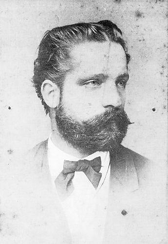 Mandrović, Adam
