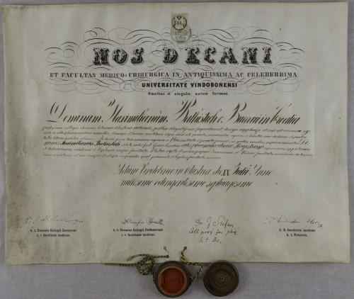 Diploma magistra farmacije Maksimilijana Batistića