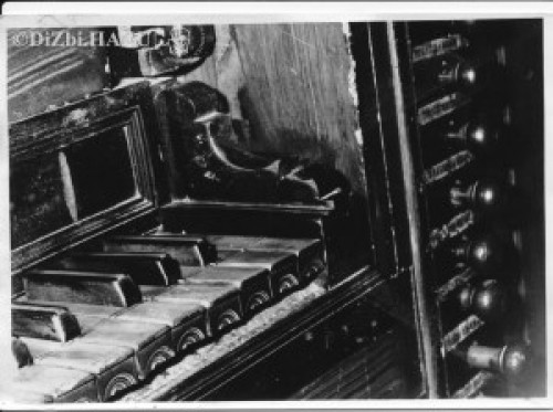 Šibenik, sv. Franjo (snimci detalja s Nakićevih orgulja)