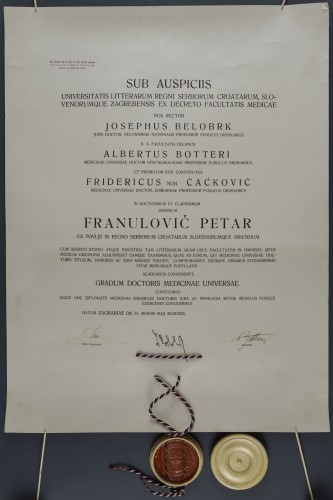 Diploma doktora medicine Petra Franulovića