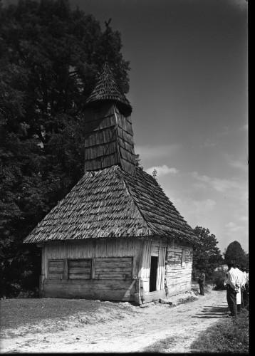 Kapela Svetog Jurja (Lijevi Štefanki) : izvana, pogled sa zapada [Griesbach, Đuro  ]