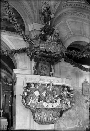 Crkva Uznesenja Blažene Djevice Marije (Gora) : propovjedaonica