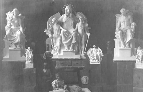 Valdec, Rudolf (1872-1929) : Atelijer Rudolfa Valdeca - modeli skulptura za Trgovačko obrtničku komoru