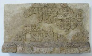 Natpis na sarkofagu kraljice Jelene Nepoznat