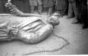 Srušen spomenik kralja Aleksandra u Varaždinu