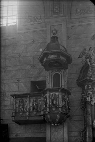 Crkva Svetog Ivana Krstitelja (Kloštar Ivanić) : propovjedaonica [Griesbach, Đuro  ]