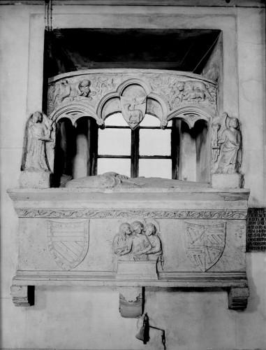 Katedrala Uznesenja Blažene Djevice Marije (Senj) : grobni spomenik biskupa Ivana de Cardinalibusa [Griesbach, Đuro  ]