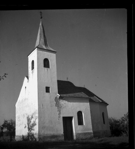 Kapela Svetog Jurja (Letovanci) : izvana [Griesbach, Đuro  ]