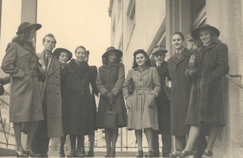Profesori Ljubo Babić i Jerolim Miše sa studentima Akademije likovnih umjetnosti u Zagrebu šk. god. 1943./44.