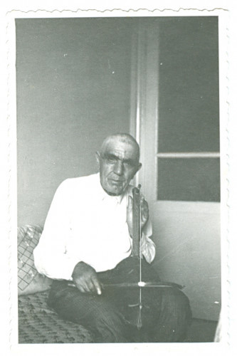 Portret guslara Nazifa Ekitöza (Hasanbegovića) [Nametak, Alija]