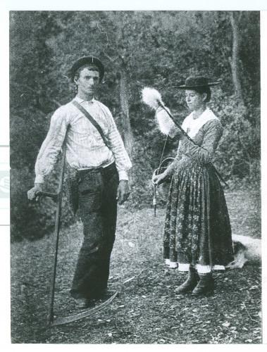 Dobrinjska narodna nošnja s kraja 19. st. [Fuis, Antun (????-1968) ]
