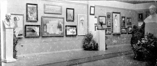 Izložba Hrvatskog društva umjetnosti, Zagreb, Umjetnički paviljon, 1902. - detalj postava ]